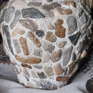 χειροποίητο βαζω πιθάρι με θαλασσινές πέτρες