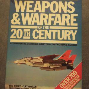 """Λεύκωμα """" Weapons & Warfare of the 20th Century"""""""