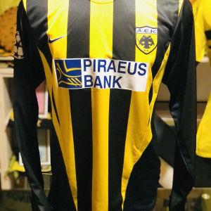 Λάκης ΑΕΚ champions league 2002-03