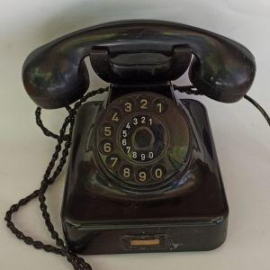 Παλιό τηλέφωνο από βακελιτη της SIEMENS