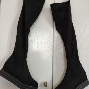 μπότες ψηλές γυναικεία