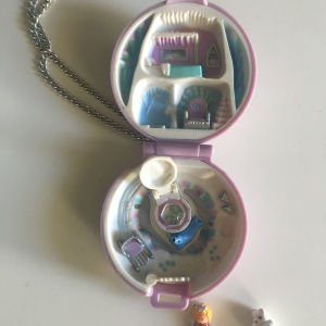 100% Complete Polly Pocket Jeweled Ice Kingdom
