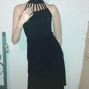μαύρη φούστα μίντι