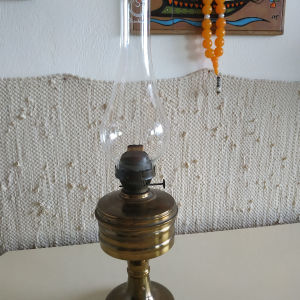 Λάμπα πετρελαίου με φιτίλι εποχής 1950