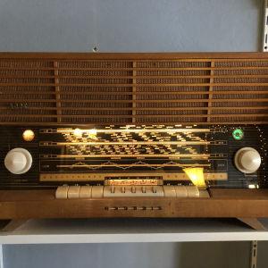 Αντικα ραδιοφωνο Grundig με Fm