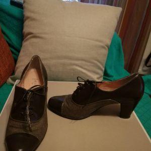 χειροποιητα παπουτσια της σχεδιαστριας Angela Rapti.No 36 1/2