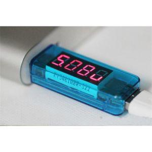 Συσκευή tester USB μετρά τάση και ένταση ρεύματος