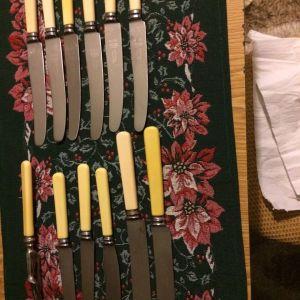 Σετ σερβιρισματος και μαχαιρια αντικα