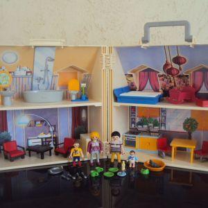 PLAYMOBIL Dollhouse Μοντέρνο Κουκλόσπιτο Βαλιτσάκι