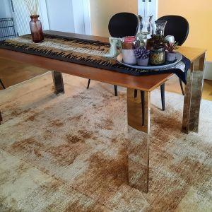 Τραπέζι τραπεζαρίας ιταλικού design από ξύλο και μέταλλο