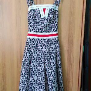 φόρεμα εμπριμέ βαμβακερο