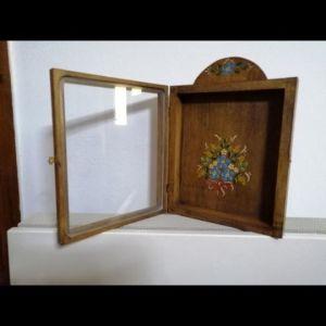 Στεφανοθήκη ξύλινη απο αγιογράφο