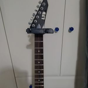 Ηλεκτρική Κιθάρα(ESP LTD FLYING V-50) + Θήκη