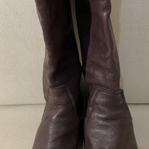 extremely gorgeous genuinely leather boots by  made in Italy size 39.5 in excellent condition