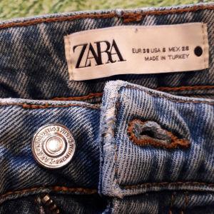 Παντελόνια-τζιν,φούτερ παντελόνι.ZARA,MAVI,PRIMARK.