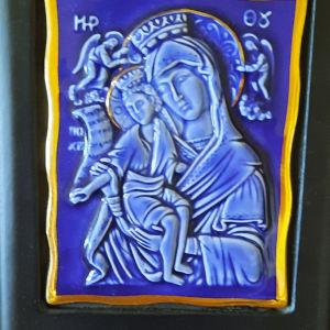 Εικόνα Παναγίας με τον Χριστό σε πορσελάνη και σμάλτο χρυσού