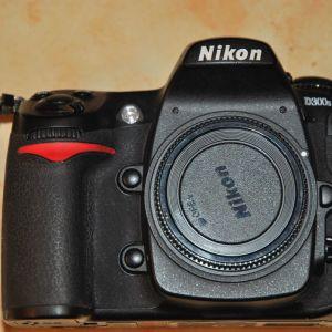 Nikon D300S με φακό AF- S 18 - 55