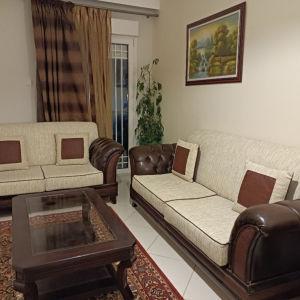Σαλόνι - καναπές - τραπεζάκι
