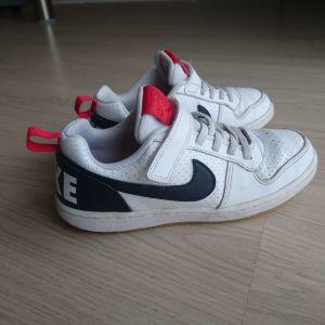 Nike Court Borough Low, Size 34