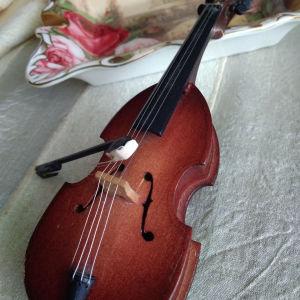 Βιολί Μινιατούρα
