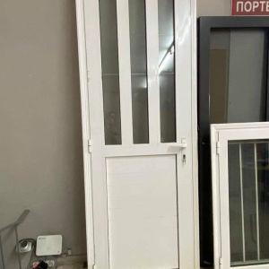 Πόρτα Αλουμινίου με τζάμι