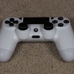 PS4 λευκό controller