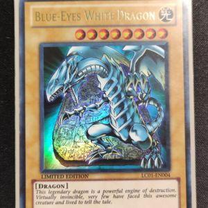Blue-Eyes White Dragon Ultra Rare