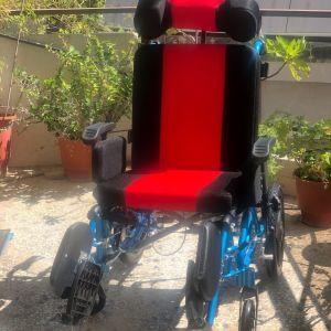 Αναπηρικό αμαξίδιο αλουμινίου