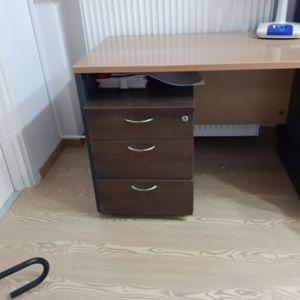 γραφείο  sato με  συρταριέρα  ξύλινη τροχήλατη