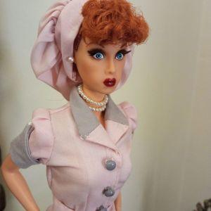 Barbie LUCY συλλεκτική σετ