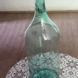 μπουκάλα  φυσητο γυαλι σμαραγδένια αποχρωση