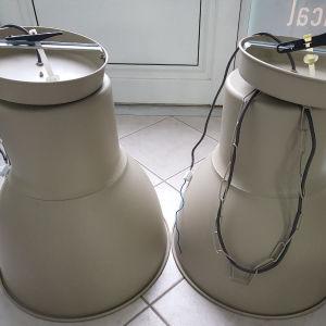 2 Φωτιστικά οροφής μεταλλικά σε πολύ καλή κατάσταση 48Χ50cm