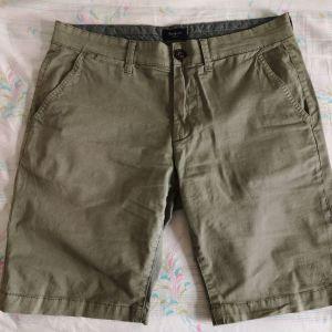 Ανδρική χακί βερμούδα Medium Pepe Jeans