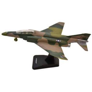 PILOT MODEL KIT F-4