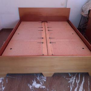 Κρεβάτι ξύλινο διπλό