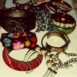 """""""Γυναικεία faux bijoux"""""""