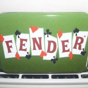 Fender διπλή τράπουλα σε θήκη πολυτελείας
