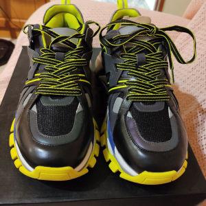 ash sneakers 41 number