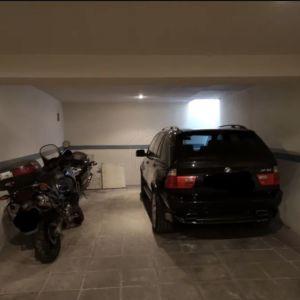 Ενοικιάζεται κλειστό υπόγειο πάρκινγκ αυτοκινήτου δίπλα στην Αστυνομία Νέας Σμύρνης
