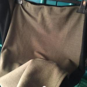 επώνυμη ελαστική φούστα XL στα 14