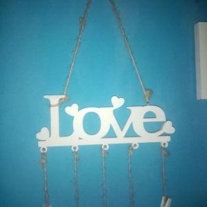 LOVE κρεμαστό τοίχου με μανταλάκια για φωτογραφίες