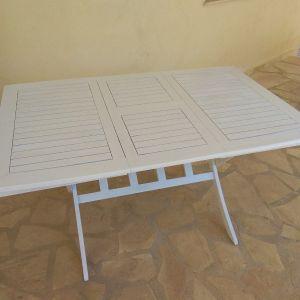 Τραπέζι πτυσσόμενο βεράντας
