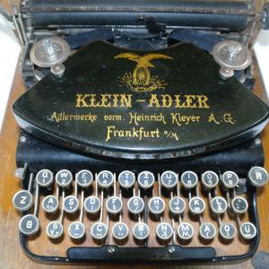 Γραφομηχανή Klein-Adler model 1, του 1912