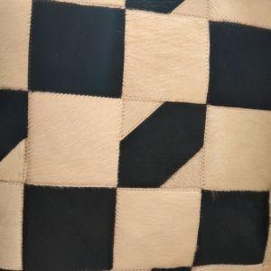 Δερμάτινο μαξιλάρι