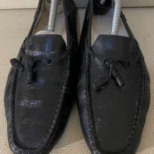 extremely gorgeous genuinely suede gommino moccasins loafers by Tods made in Italy size 39 in excellent condition