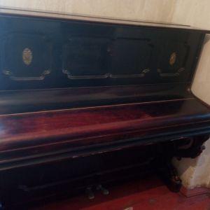 """Κλασσικό Όρθιο Πιάνο/Acoustic Upright Piano - """"F.W. WERNER"""""""