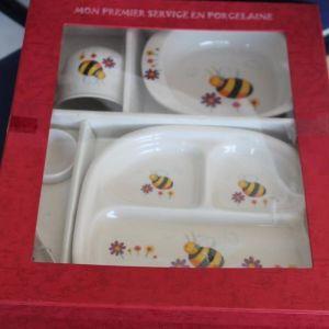 Bees dinner set