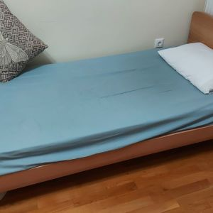 Εφηβικό κρεβάτι