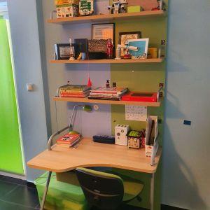 2 βιβλιοθήκες παιδικών δωματίων