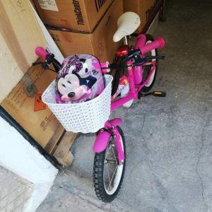 Παιδικό ποδήλατο για κορίτσι.